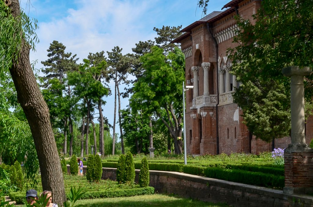 day trips from Bucharest - Mogosoaia palace