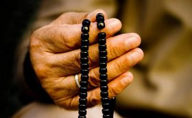 prayer times in bucharest - p[rayer beads